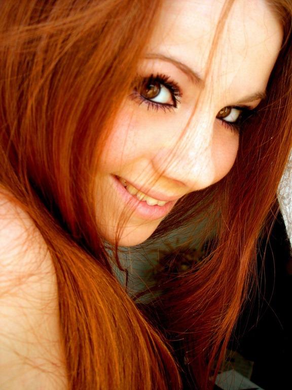 Фото рыжих девушек в профиль