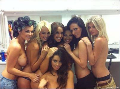 Групповые фото голых девушек