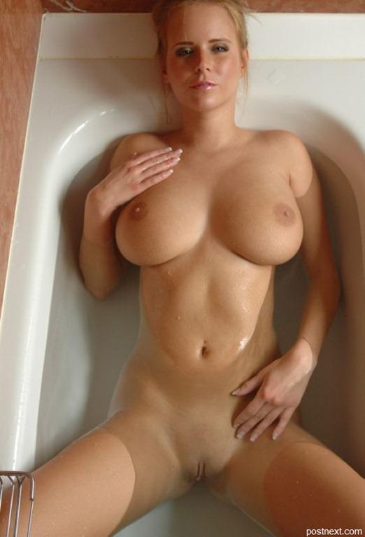 фотоподборка голых красивых сисек девушек