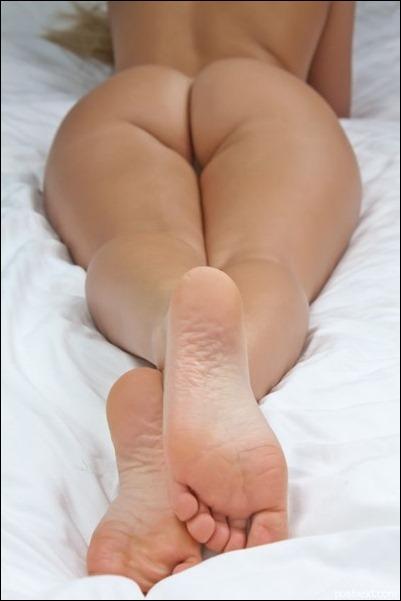 Красивые женские стопы