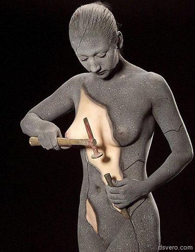 Бодиарт: Рисунки на голых девушках