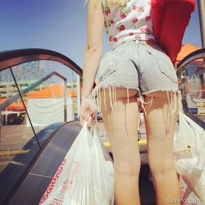Фотки девушек в джинсовых шортиках