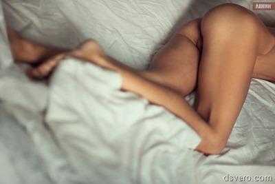 Фотографии голых девушек в постели