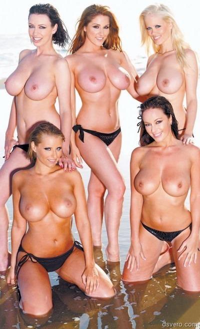 Сексуальные девушки фотаются вместе