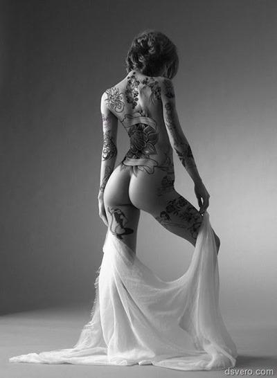 Фотографии девушек с татуировками