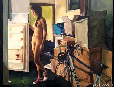Голые девушки у холодильника