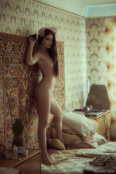 Красивое домашнее фото голой девушки