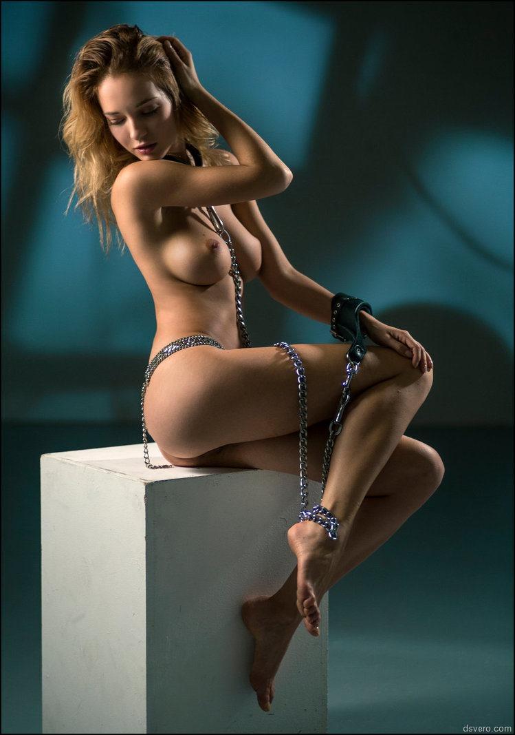 Фото голых откровенных женщин 25 фотография