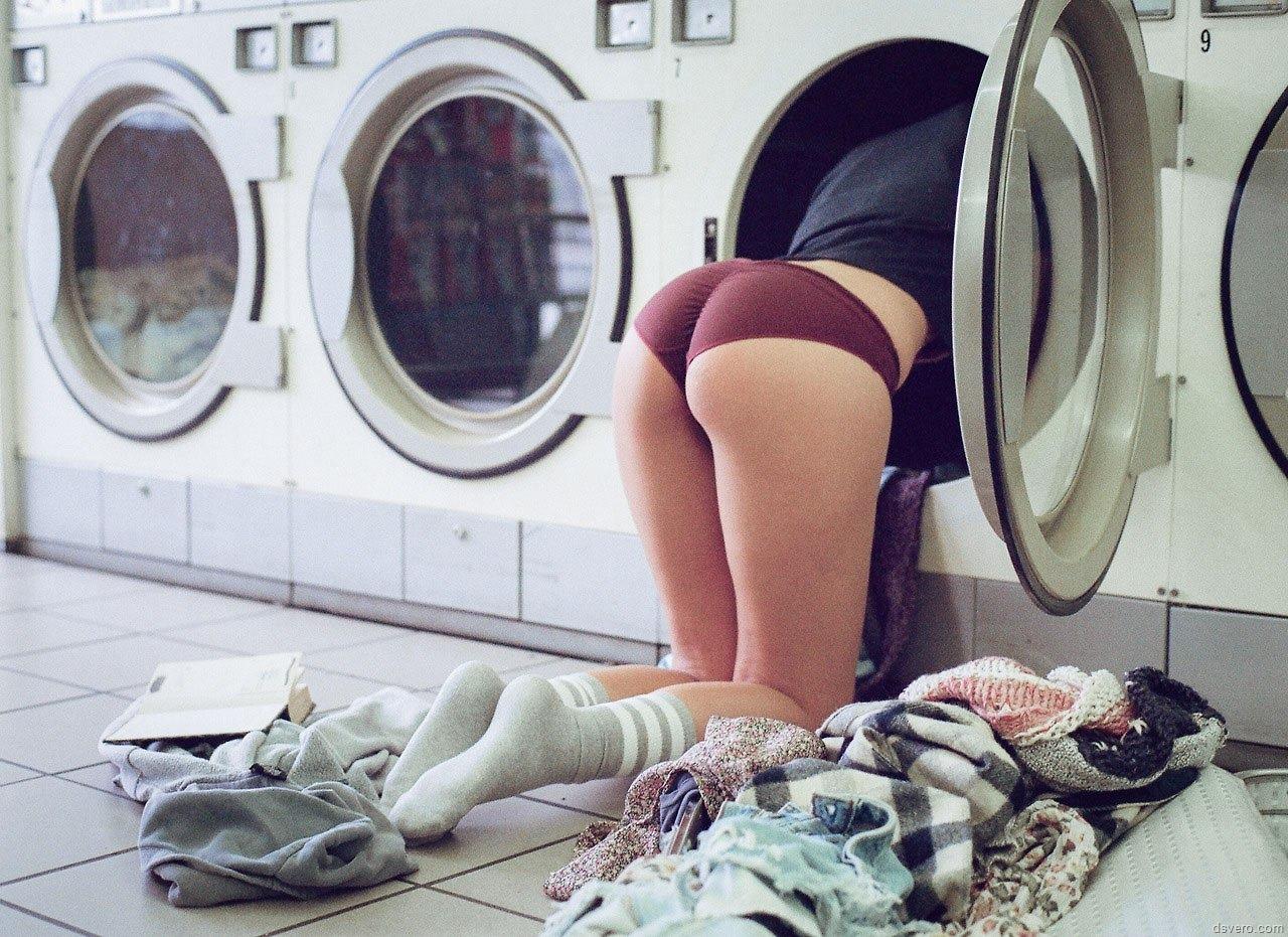 Трахнул девушку на стиральной машинке 13 фотография