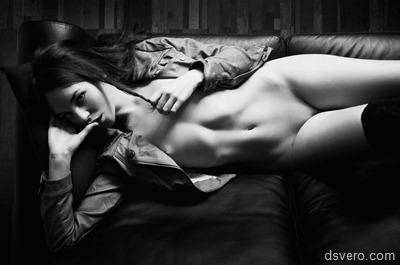 Художественная черно-белая эротика