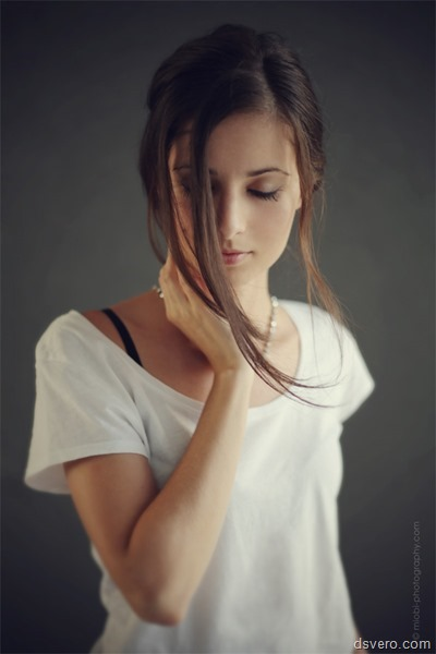 Красота одетых девушек: милые лица