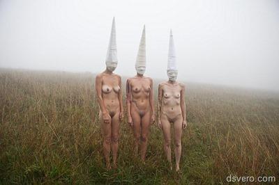 Пошлые картинки с голыми девушками