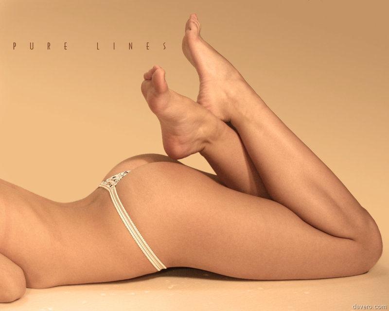 Фут фетиш или женские ножки