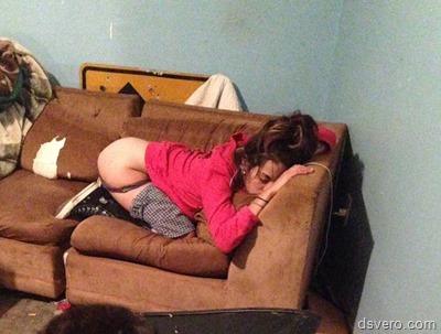 Спящие девушки в трусиках и без
