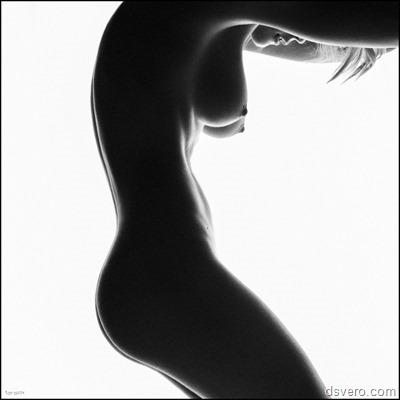 Эротика без прекрас: черно-белое ню