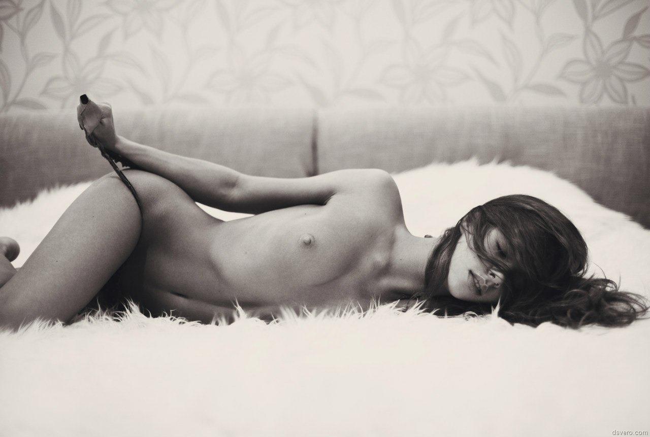 Черно белые эротические клипарты 22 фотография