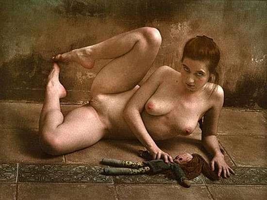 фото голых девушек слайд шоу