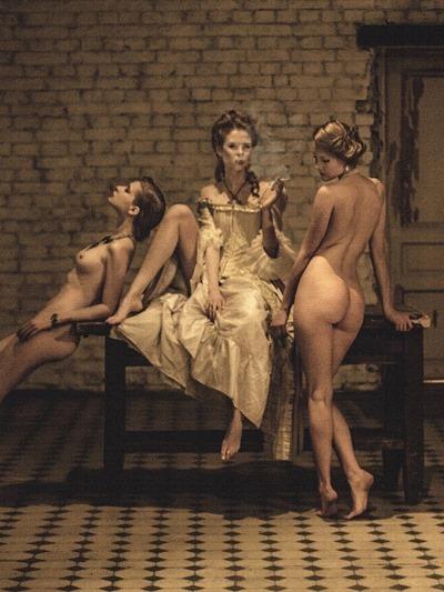 Алина Латыпова, ню фотографии  Алина Латыпова, ню фотографии  Алина Латыпова, ню фотографии