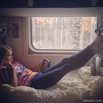 Сексуальные девушки в поездах