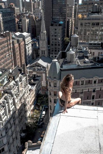 Девушки на крышах высоток