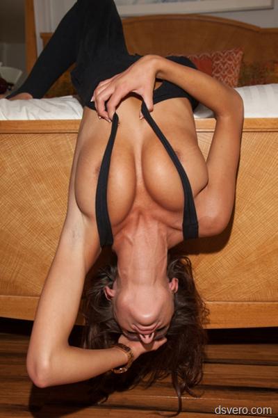 Фотографии женской груди
