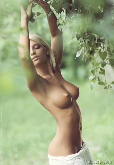 Красивая голая Анастасия Щеглова