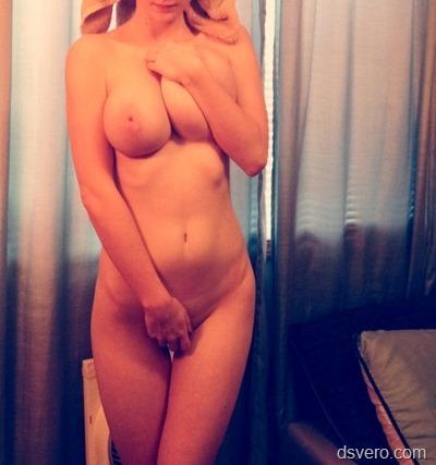 Частные фотки большегрудой девушки