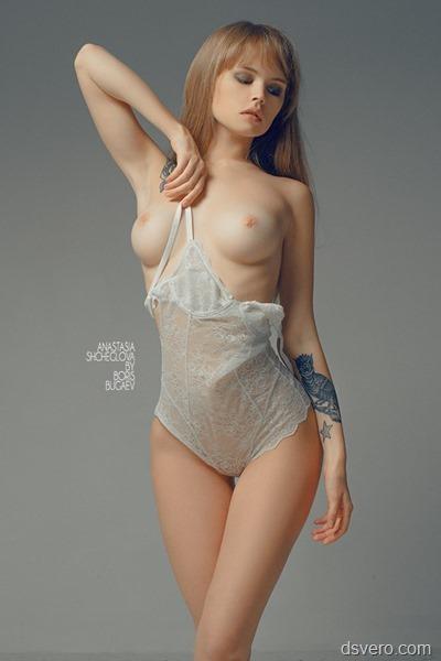 Студийная эротическая фотосъемка