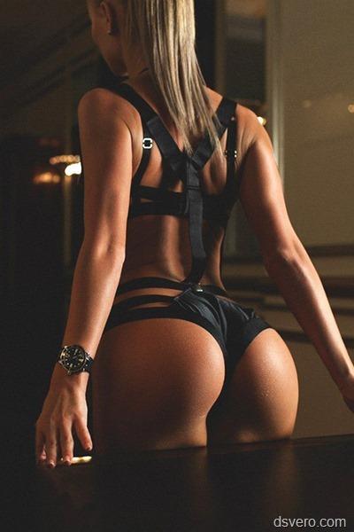 Красивая фотография голой девушки
