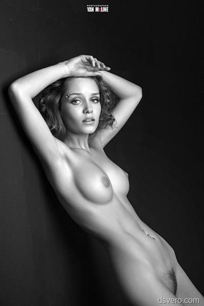 Эротические фотографии черно-белые