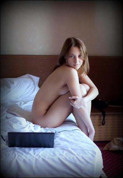 Голые и сексуальные девушки