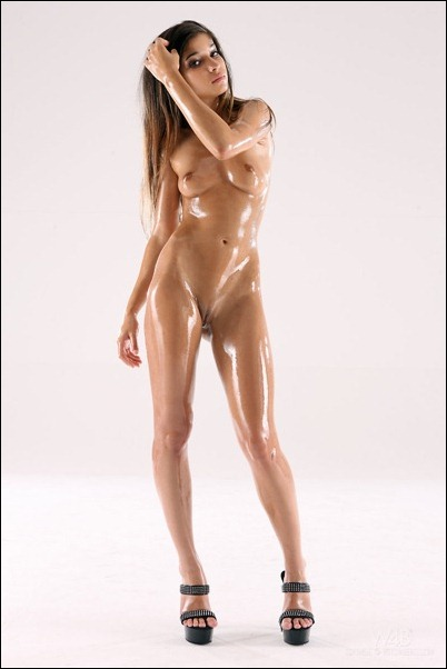 Красивые голые девушки