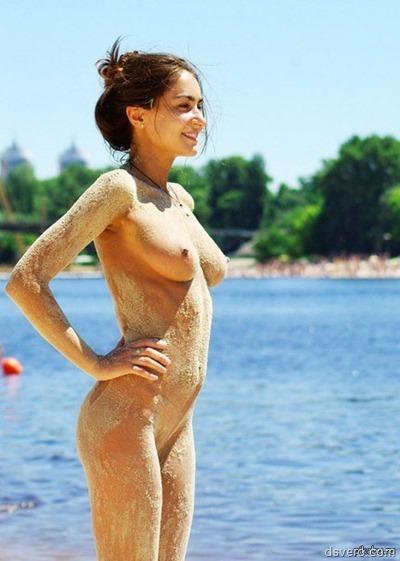 Пляжная эротика, голые девки на пляже