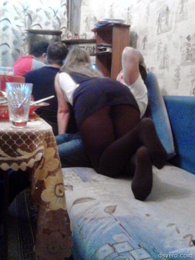 Под юбками у девушек (фотоподборка)