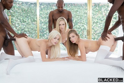 Три блондинки, три негра и их секс