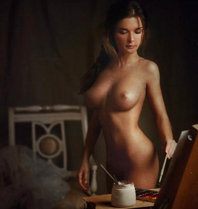 Обнаженные девушки как искусство