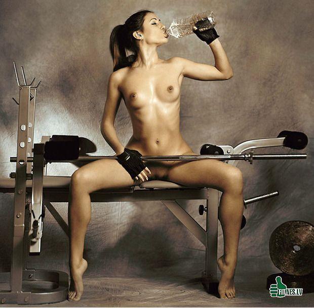 девушки в спорте голые видео