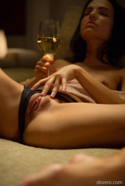 Девушка в ожидании секса