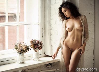 Красивая, художественная обнаженка
