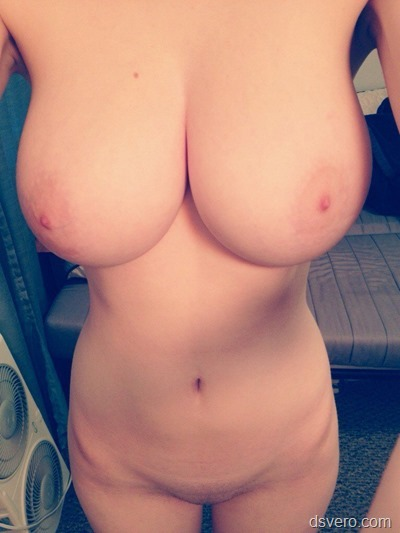 Фотки голых сисек девушек